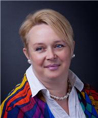 Anna Kaposvari